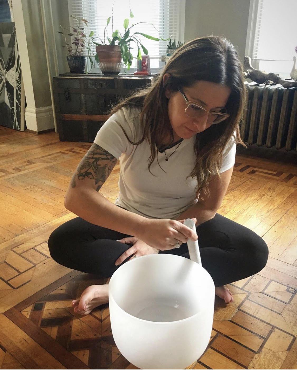 3 Ways Crystal Singing Bowl Meditations Improve Your Quality of Life